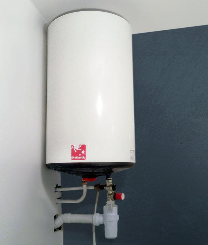 Notre plombier réalise un remplacement chauffe eau à Chambéry et à Annecy