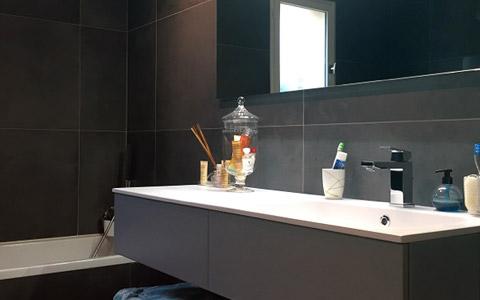 Une rénovation de salle de bain adaptée à tous les budgets